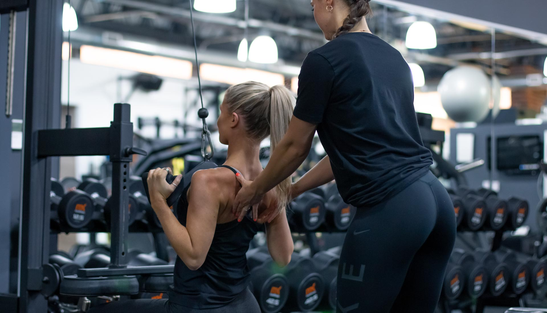 Personal training gym session. Gym workout with a personal trainer. Fitness photography birmingham, fitness photographer uk
