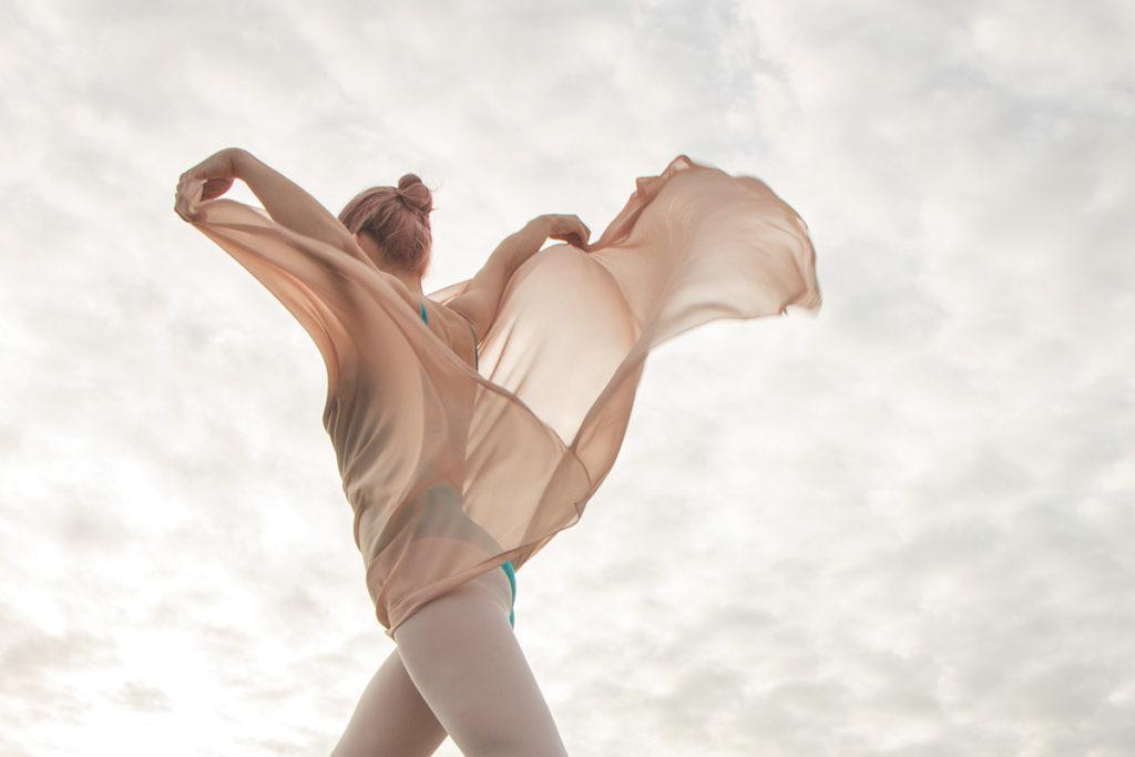 Ballet dance photography on the beach - Anastasia Jobson Photography - dance photographer UK