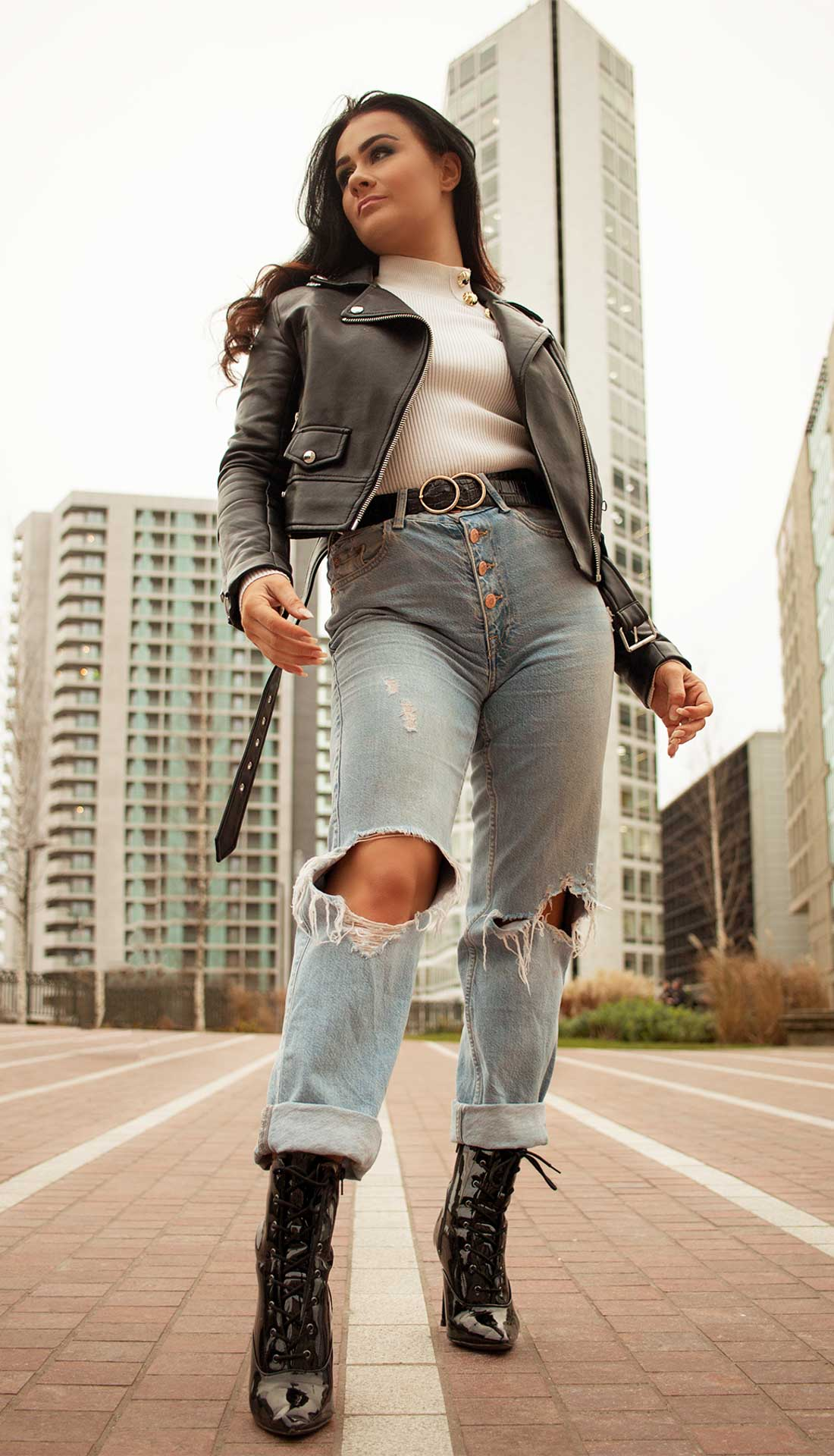 Birmingham street fashion photoshoot, women casual fashion, Birmingham U.K. fashion and commercial photographer