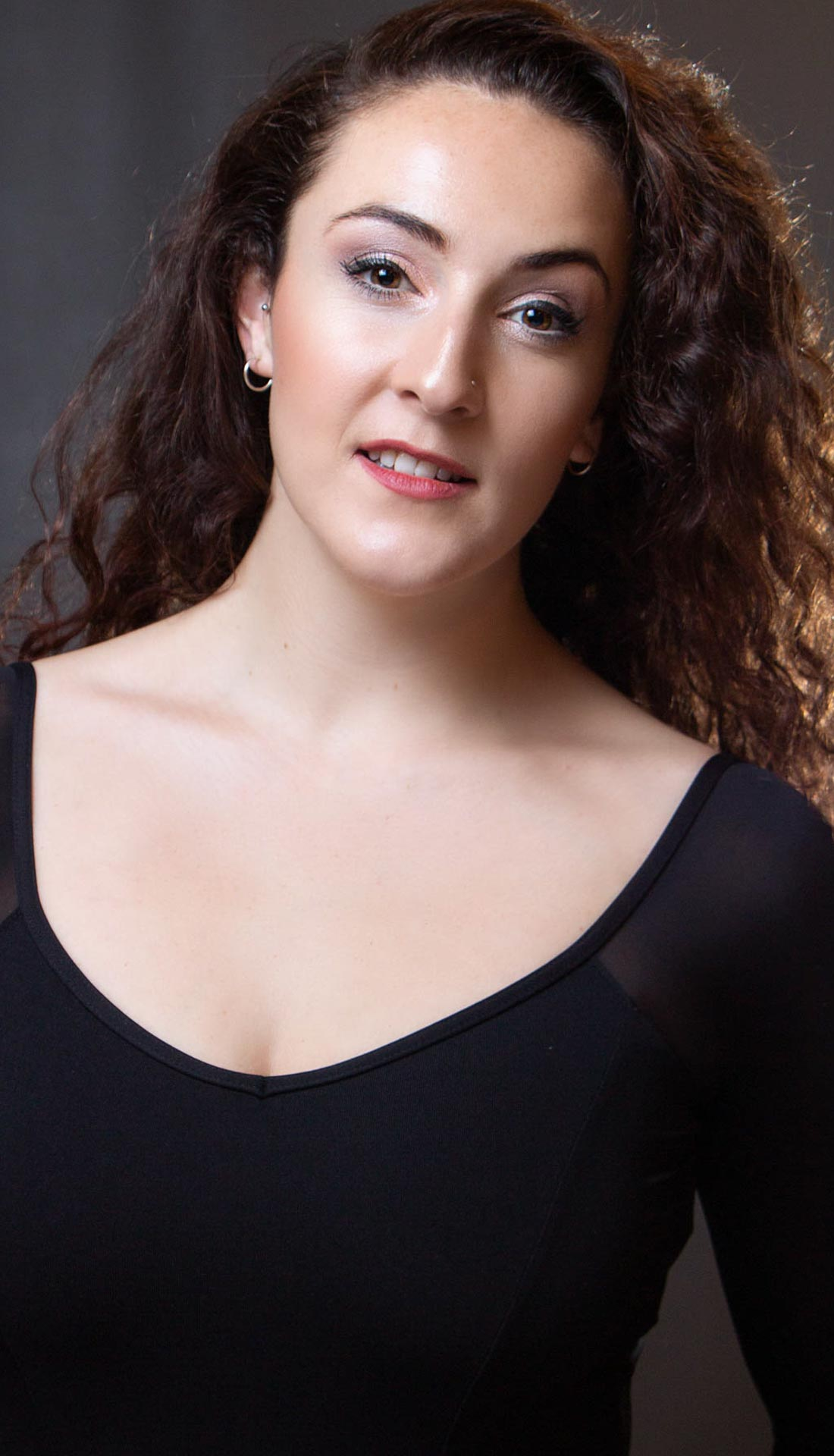 Dancers' and performers' headshots Birmingham UK. Dance portfolios and headshots West Midlands