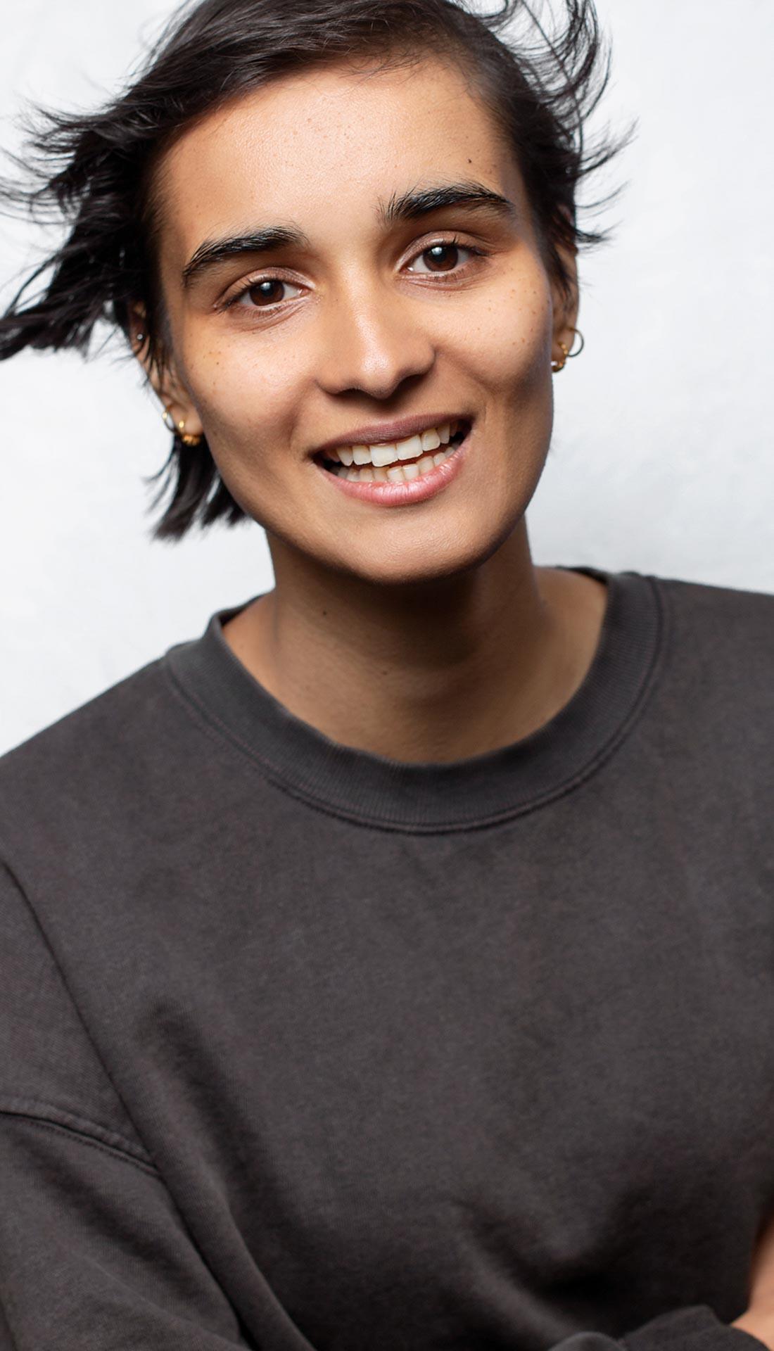 Birmingham model and dancer headshot. Headshots for dancers and performers in Birmingham UK